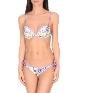 Gorgeous bikini